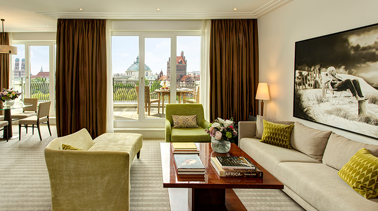 The Charles deluxe suite
