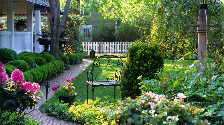 the charlotte inn gardens