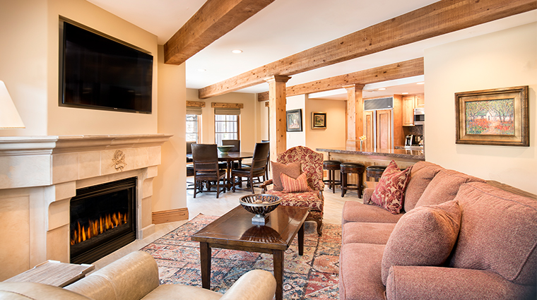 the chateaux deer valley room 202 1