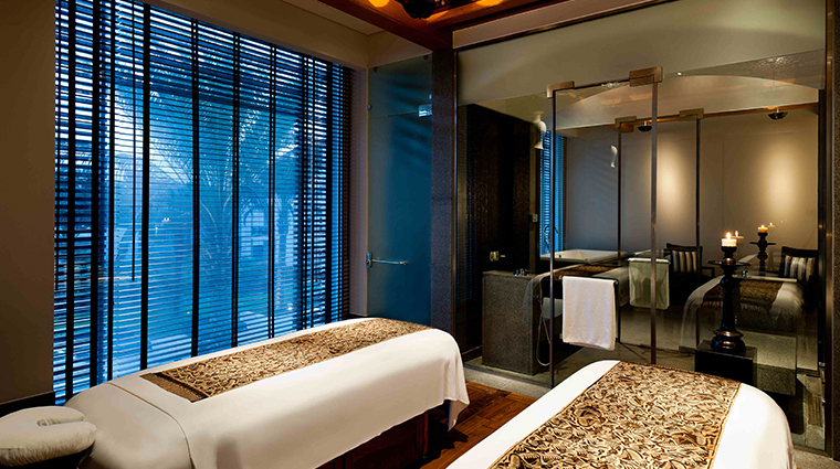 the chedi muscat double treatment suite
