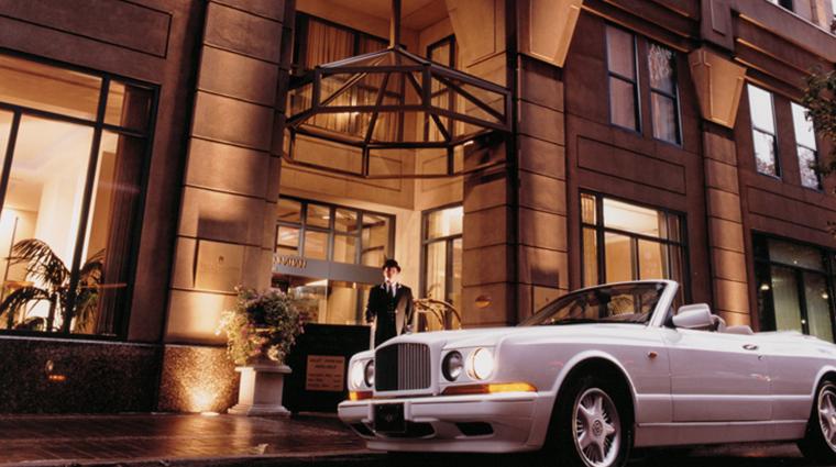 the cincinnatian hotel exterior