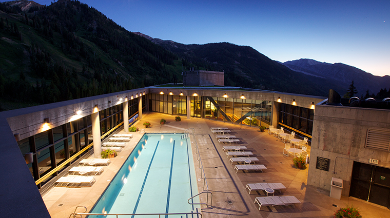 the cliff lodge pool