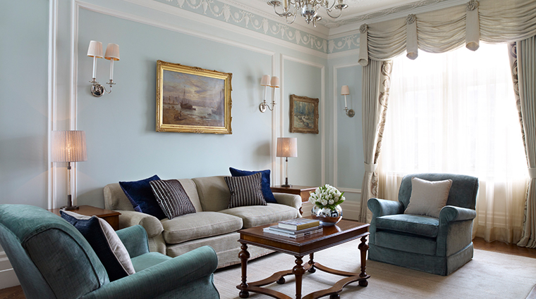 the connaught carlos suite traditional