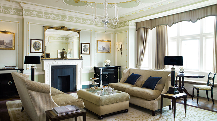 the connaught connaught suite living room