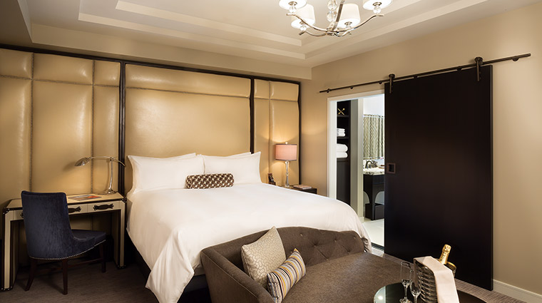 The Cromwell suite bedroom