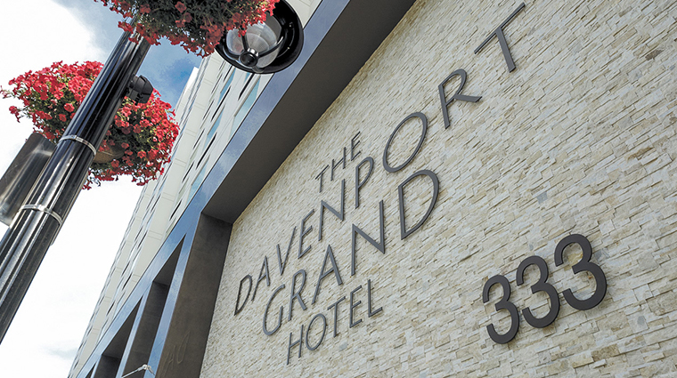 the davenport grand hotel autograph collection exterior sign