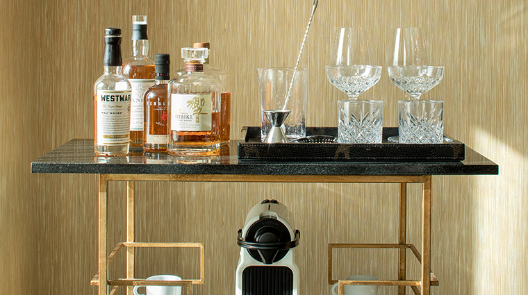 the dossier loft suite barcart