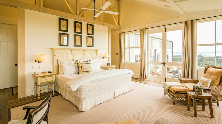 cape kidnappers owners cottage master bedroom 2