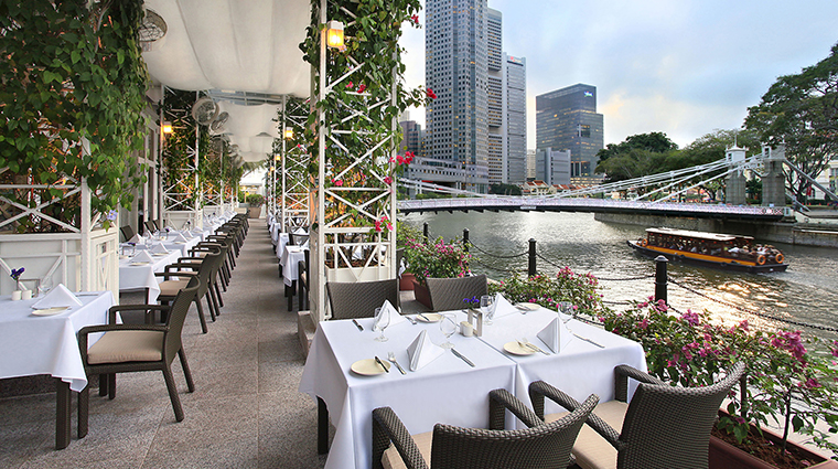 the fullerton hotel singapore Town restaurant alfresco