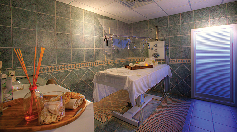 the gasparilla inn club spa treatment room