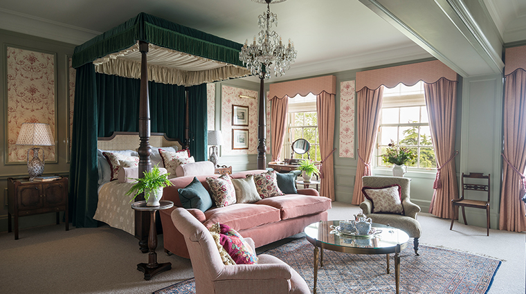 the gleneagles hotel royal lochnagar suite