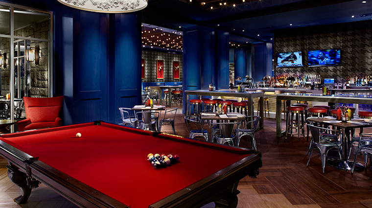 the guest house at graceland elvis sports bar