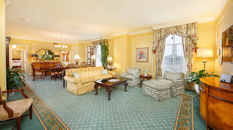 the hermitage hotel presidential suite living room
