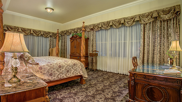 the historic davenport hotel autograph collection presidential suite