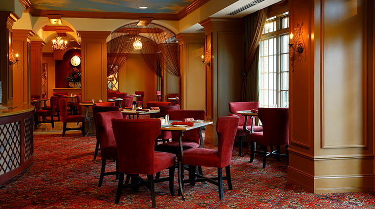 the hotel hershey oasis restaurant