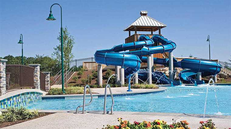 the hotel hershey outdoor pool and waterslide