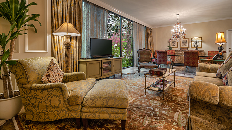 the houstonian hotel club and spa presidential suite living room11