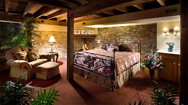 the inn at leola village wine cellar suite2