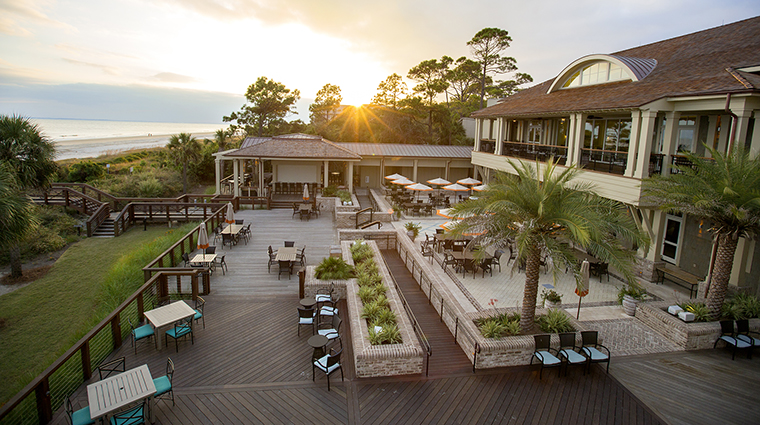 the inn club at harbour town outdoor seating