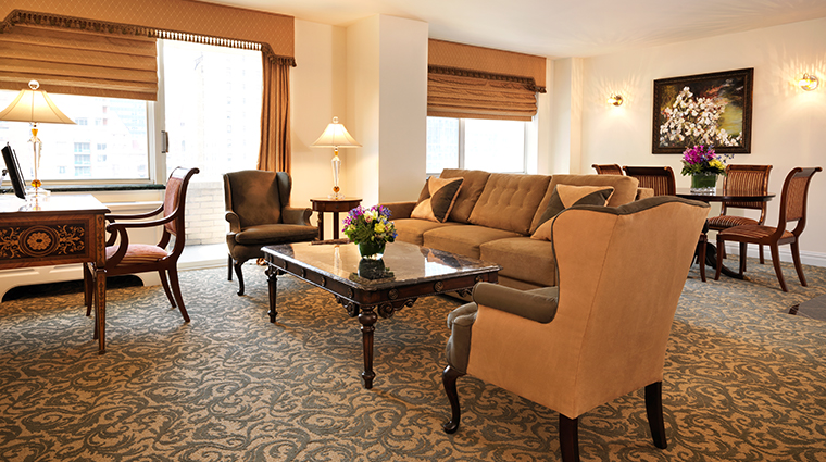 the kimberly hotel executive plus living room