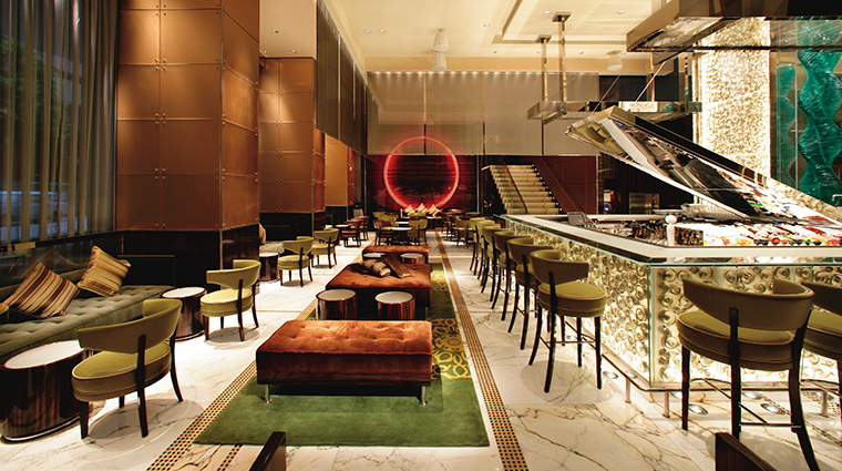 the landmark mandarin oriental hong kong MoBar
