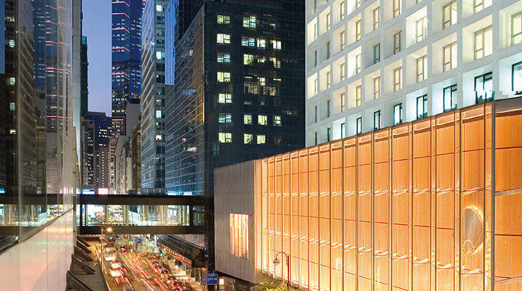 the landmark mandarin oriental hong kong exterior