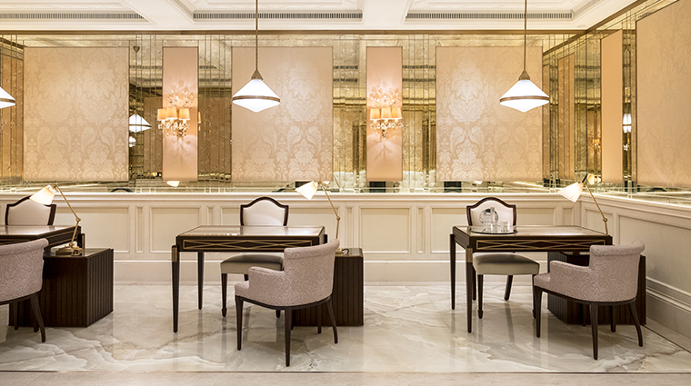 the lanesborough club spa manicures