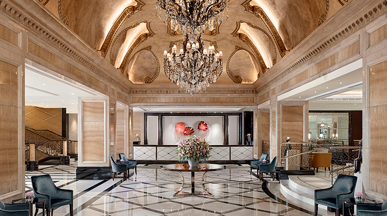 the langham hong kong new lobby