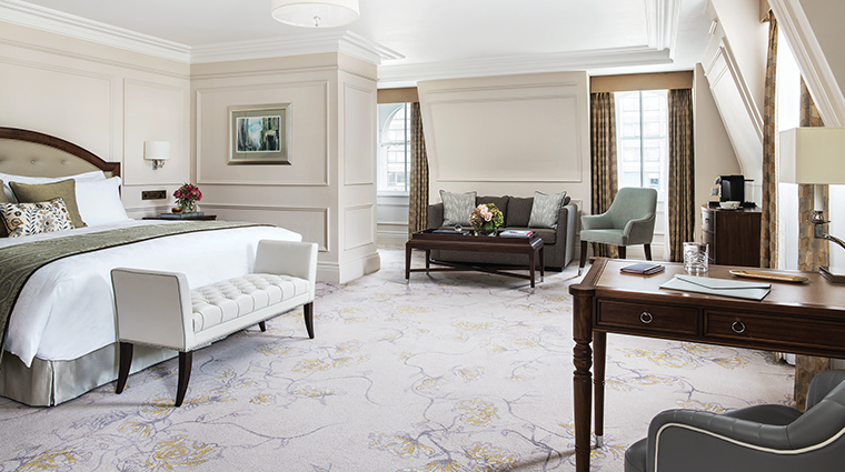 the langham london executive room