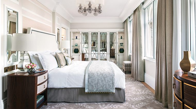 the langham london one bedroom suite