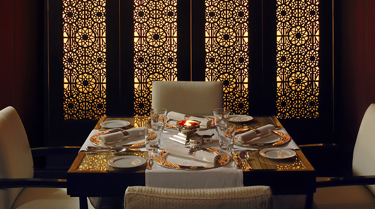 the leela mumbai jamavar table