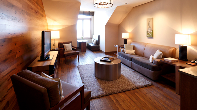 the lodge and cottages at primland blue ridge suite living room