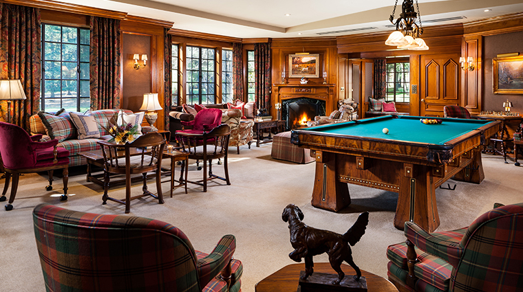 the lodge at glendorn billiard room