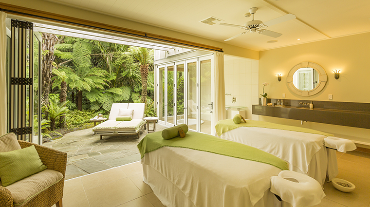 the lodge at kauri cliffs  spa couples treatment room