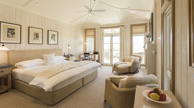 the lodge at kauri cliffs suite bedroom