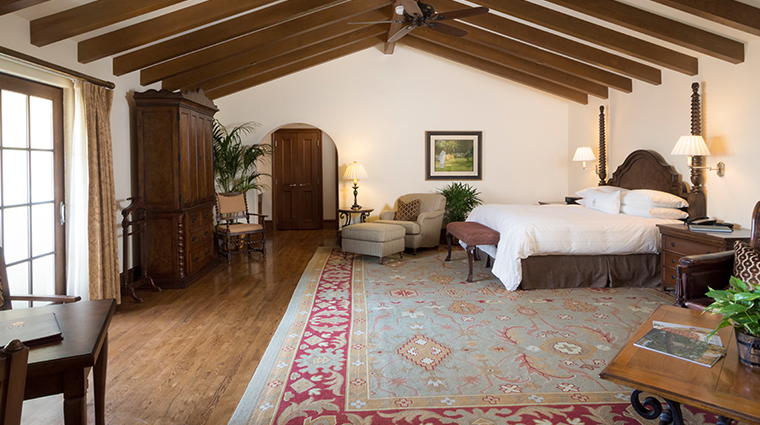 the lodge at sea island golf club guest room