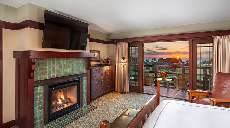 the lodge at torrey pines Makinson suite guest room