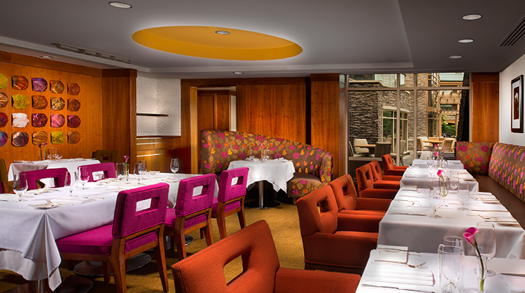 the lodge at turning stone resort casino dining
