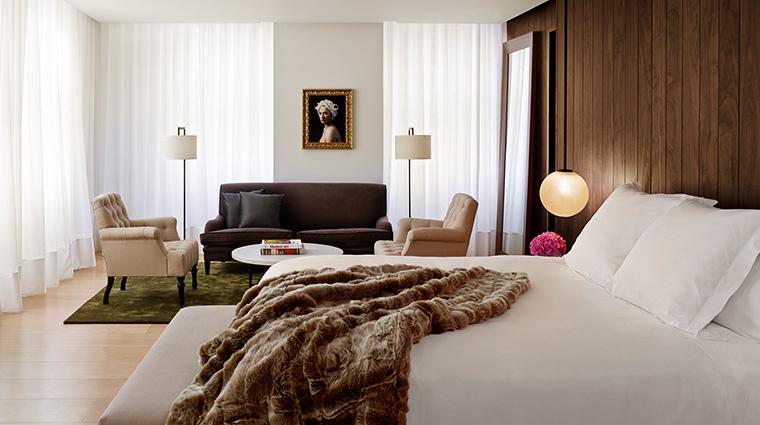 The London Edition loft suite