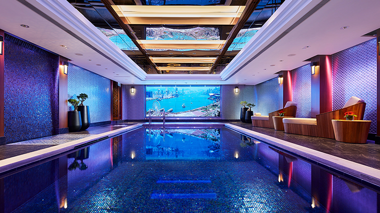 the mandarin oriental swimming pool