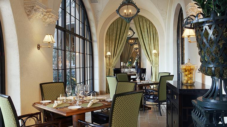 the mansion restaurant veranda