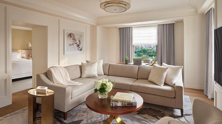 the newbury boston classic corner park suite
