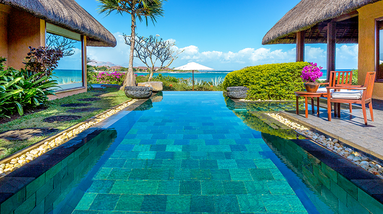 the oberoi beach resort mauritius royal villa pool