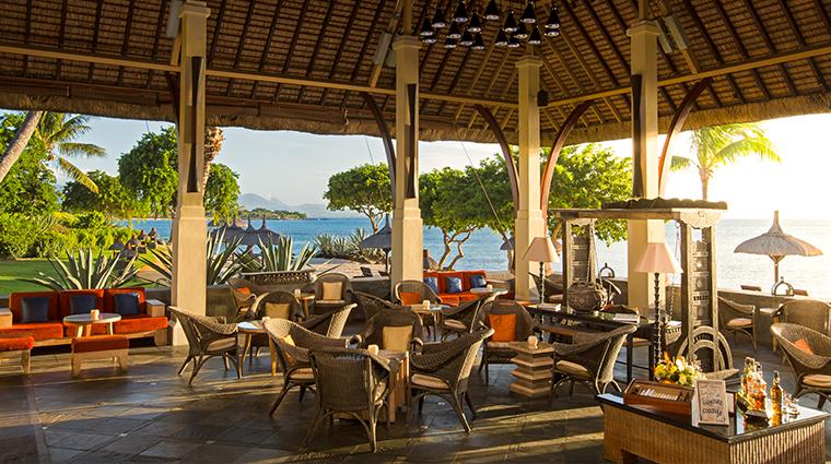 the oberoi beach resort mauritius the bar