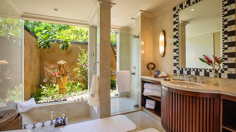 the oberoi beach resort mauritius villa bathroom