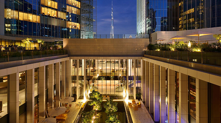 the oberoi dubai courtyard