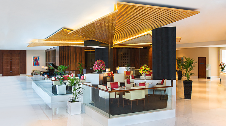 the oberoi dubai lobby loung bar