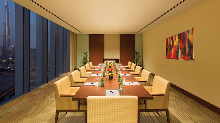 the oberoi dubai meeting room