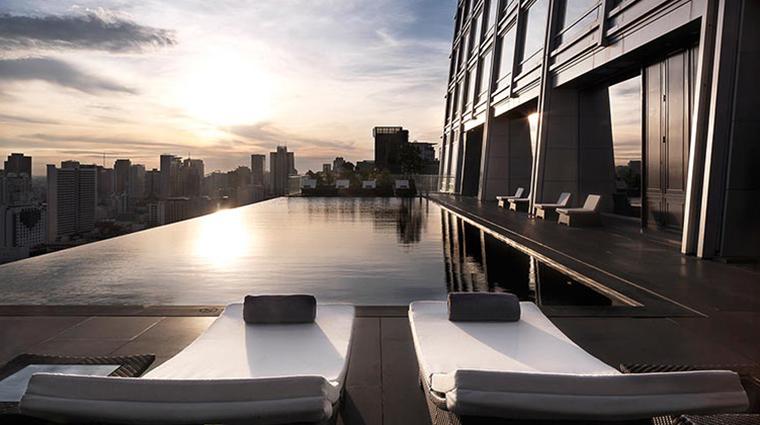 the okura prestige bangkok pool2