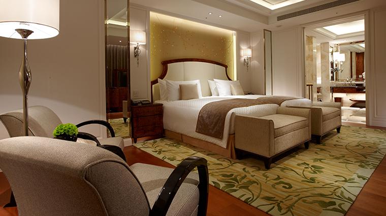 the okura prestige taipei bed and bathroom